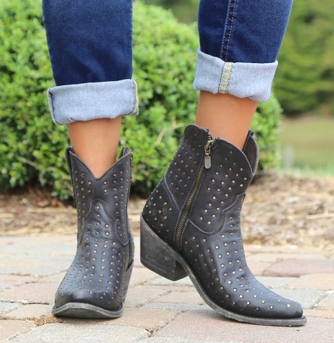 Liberty Black Short Studded Zipper Boot Negro LB711215 Toe