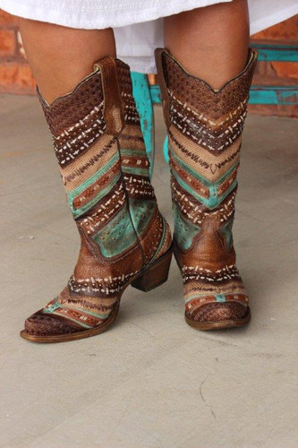 Corral Turquoise Brown Embroidery and Studs A3381 Picture 1
