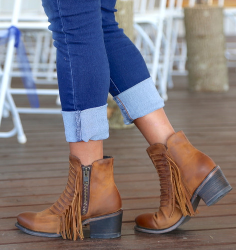 Corral Brown Fringes Ankle Boot E1227 Walk