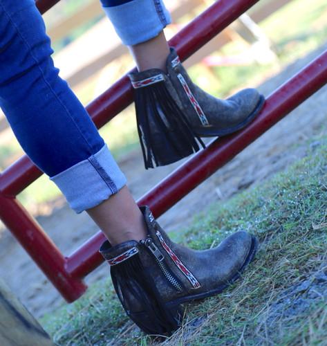 Corral Black Fringes J Toe Ankle Boot E1222 Photo