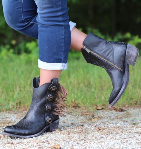 Liberty Black Concho Fringe Shortie Negro Boots LB711158 Image