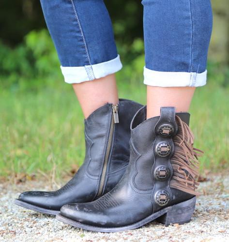 Liberty Black Concho Fringe Shortie Negro Boots LB711158 Photo
