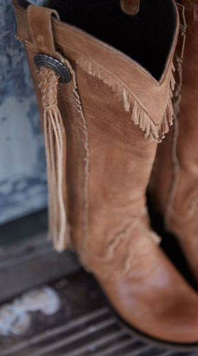 Lane Sierra Tan LB0346A Fringe Detail