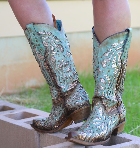 Corral Mint Glittered Inlay and Studs Snip Toe Boots C3332 Photo
