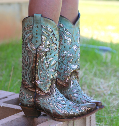Corral Mint Glittered Inlay and Studs Snip Toe Boots C3332 Side