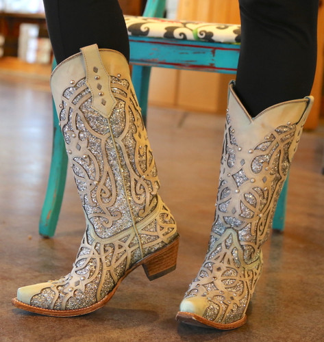 Corral White Turquoise Glitter Chameleon Boot C3377 Indoor Photo