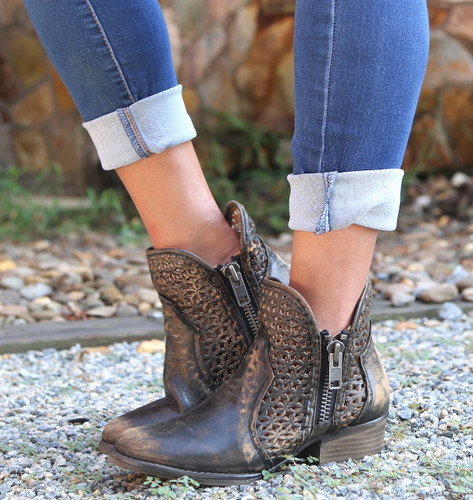Corral Black Yellow Cutout Shortie Boots Q5021 Image