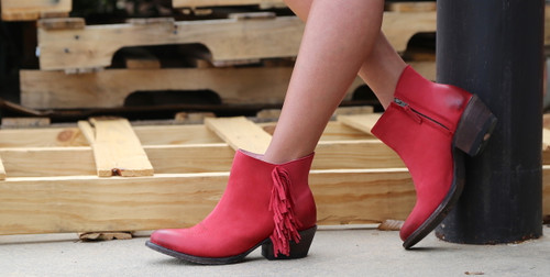 Miss Macie On The Fringe Red Boots U7001-01 Shortie