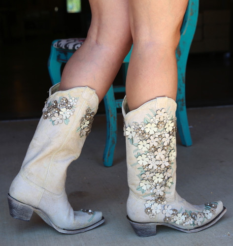 Corral White Floral Overlay Embroidery Studs Crystals Boots A3600 Walk