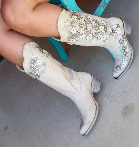 Corral White Floral Overlay Embroidery Studs Crystals Boots A3600 Chair