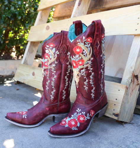 Corral Red Deer Skull and Floral Embroidery Boots A3712 Picture