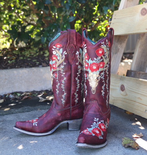Corral Red Deer Skull and Floral Embroidery Boots A3712 Photo