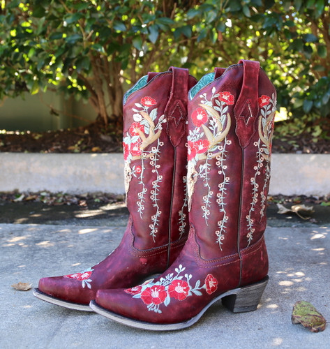 Corral Red Deer Skull and Floral Embroidery Boots A3712 Live