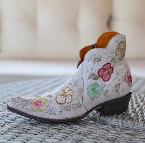 Old Gringo Pansy White Crackle Boot SHL2980-5 Image