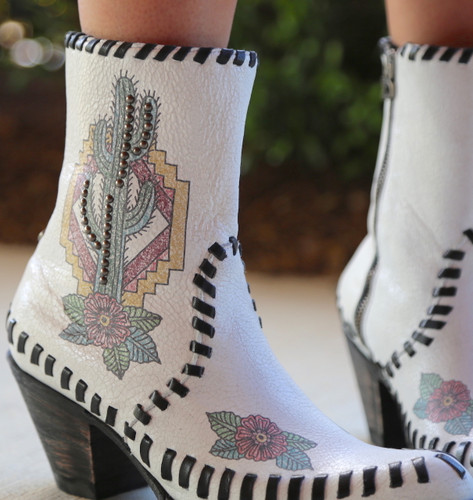 Double D by Old Gringo Saguaro White Boots DDBL040-1 Detail
