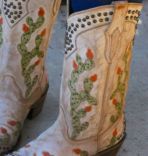 Corral Saddle Nopal Cactus Embroidery and Studs Boots C3463 Detail