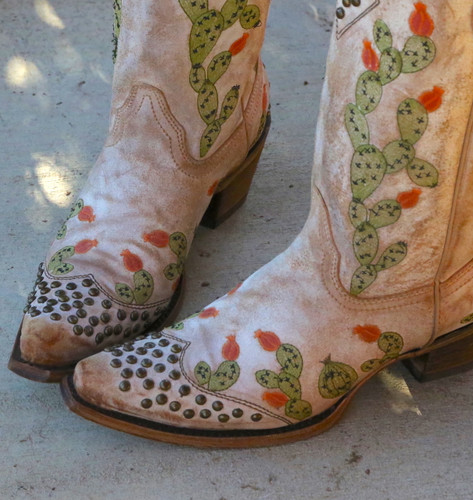 Corral Saddle Nopal Cactus Embroidery and Studs Boots C3463 Toe