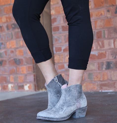 Miss Macie On My Way Grey Boots U7009-02 Photo