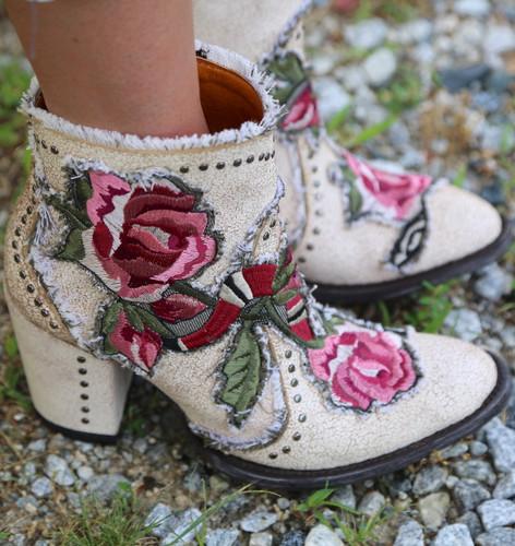 Old Gringo Carla Short Crackled Taupe Boots BL3184-3 Studs