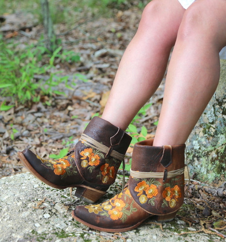 Corral Chocolate Lamb Embroidery Flipped Shaft Ankle Boot C3418 Top