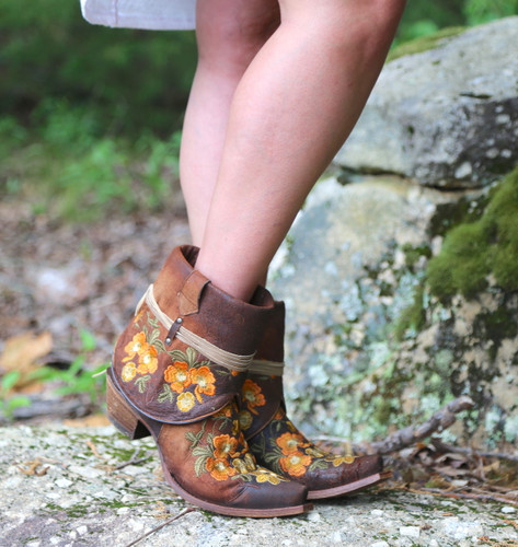 Corral Chocolate Lamb Embroidery Flipped Shaft Ankle Boot C3418 Photo