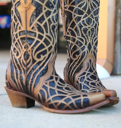 Corral Gold Black Glitter Inlay and Studs C3513 Toe