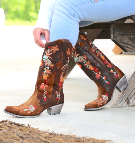 Corral Chocolate Lamb Floral Embroidery Boots A3597 Photo