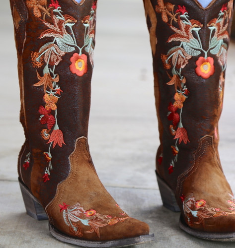 Corral Chocolate Lamb Floral Embroidery Boots A3597 Detail
