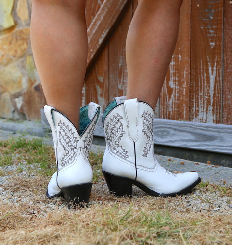 Corral White Embroidery Bootie E1436 Heel