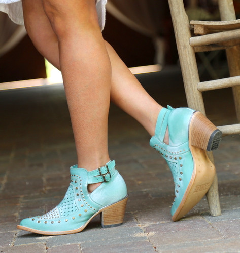Corral Turquoise Studs and Woven Mule E1403 Image