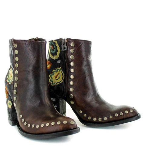 Double D by Old Gringo Granny Takes a Trip Brass Boots DDBL023-2 Image