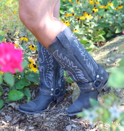 Junk Gypsy by Lane Vagabond Black Boots JG0030B Photo