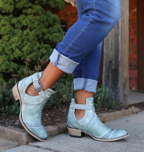 Lane Cahoots Turquoise Boots LB0393D Toe