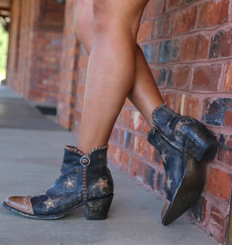 Yippee by Old Gringo Glamis Rustic Beige Black Boots YBL357-2 Toe