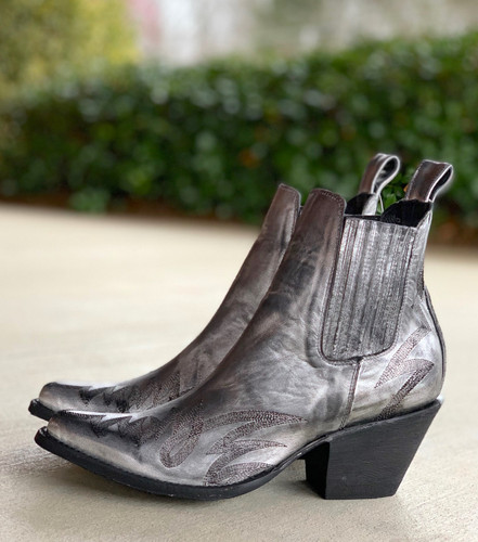 Yippee by Old Gringo Gaucho Stitch Metallic Silver Booties YBL290-1 Heel