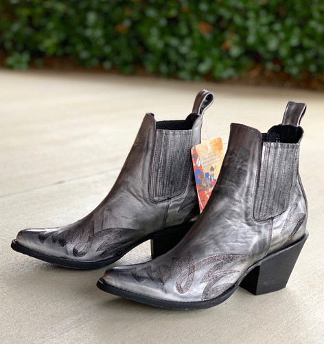 Yippee by Old Gringo Gaucho Stitch Metallic Silver Booties YBL290-1 Photo