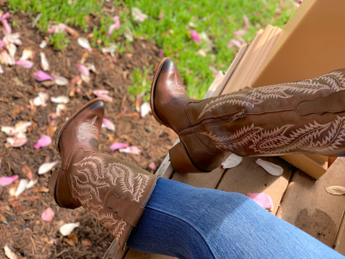 Corral Brown Embroidery Tall Top Boots E1401 Picture