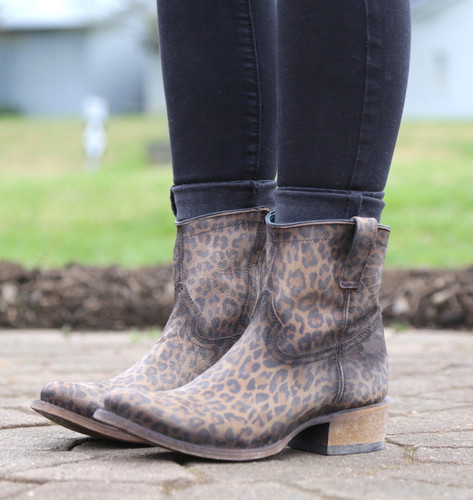 Corral Leopard Print Zipper Ankle Boot C3627 Photo