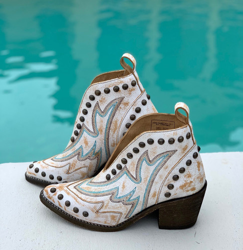 Corral White Studs Bootie Q0167 Image