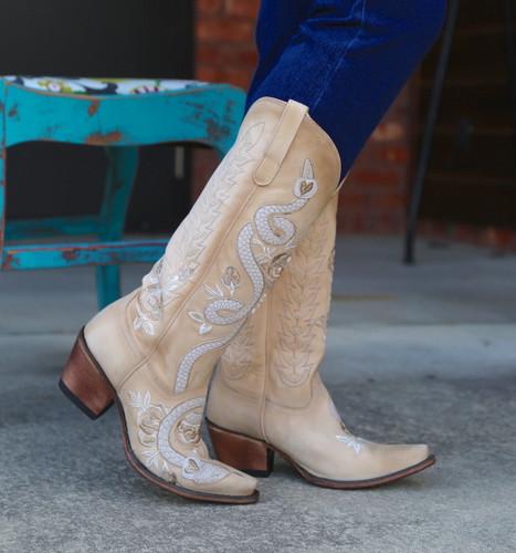 Junk Gypsy by Lane Charmer Shadow Bone Boots JG0054B Toe