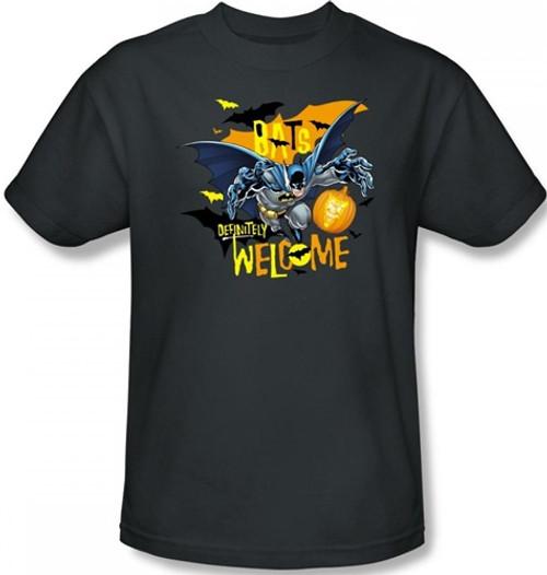 Image Closeup for Batman T-Shirt - Halloween Bats Welcomes