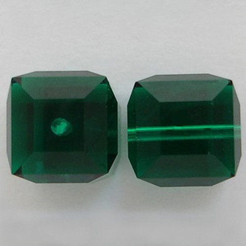 Swarovski 5601 6mm Cube Beads Emerald