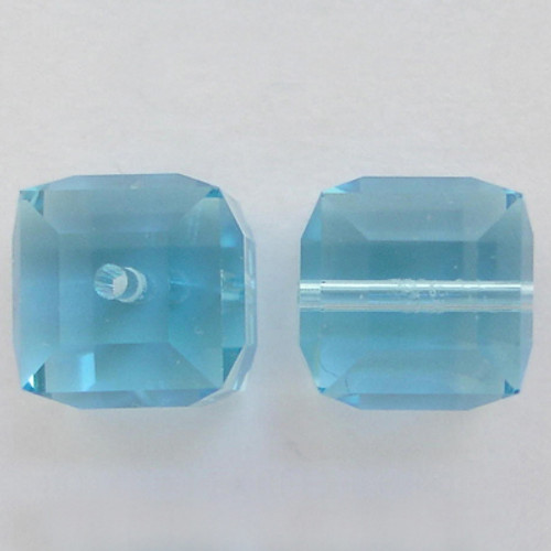 Swarovski 5601 8mm Cube Beads Aquamarine