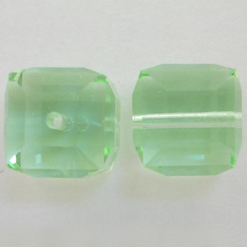 Swarovski 5601 8mm Cube Beads Chrysolite