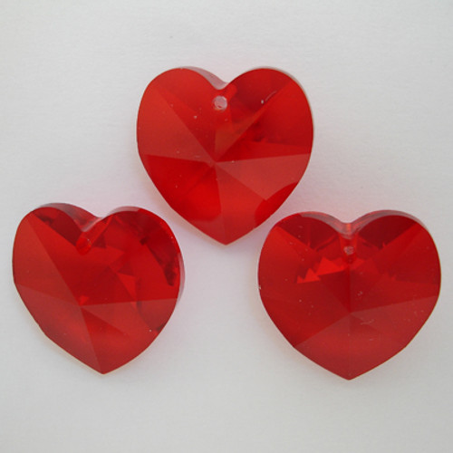 1xSwarovski ® Light Siam 18mm Heart 6202 Pendant