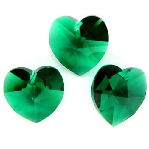 Swarovski 6228 14mm Xilion Heart Pendants Emerald (9 pieces)