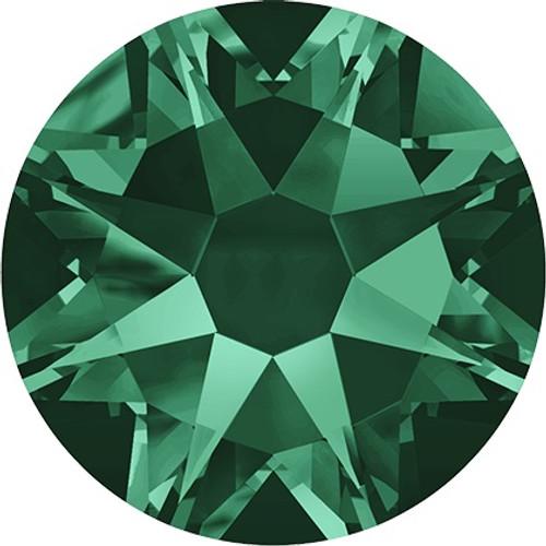 Swarovski 2058 20ss(~4.7mm) Xilion Flatback Emerald