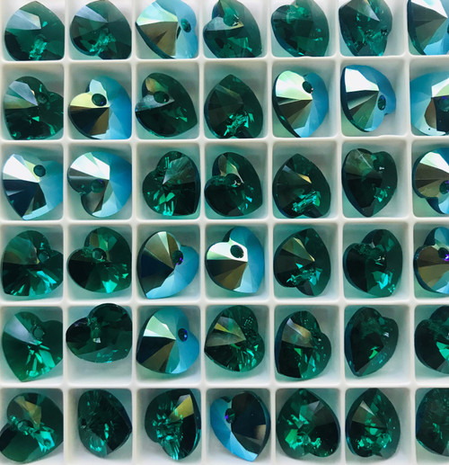 Swarovski 6228 10mm Xilion Heart Pendants Emerald Shimmer (18 pieces)