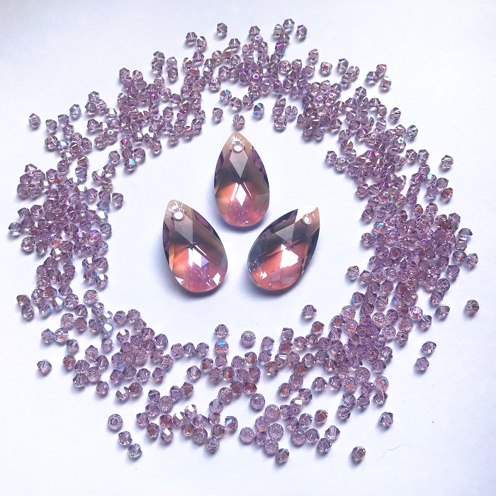 6106-swarovski-crystal-light-shimmer-pearshape-pendants-1-.jpg