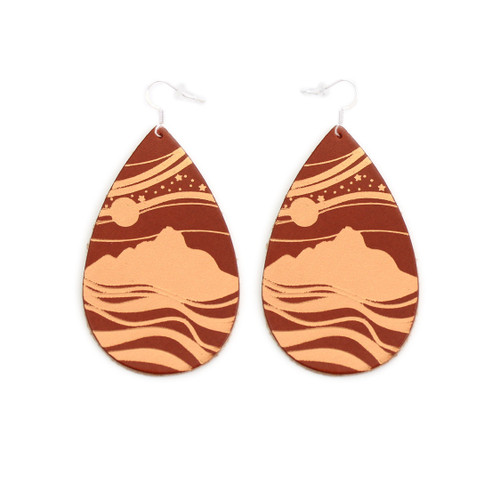 Tobacco & Tan Starry Peaks Design Gatewood Leather Earrings